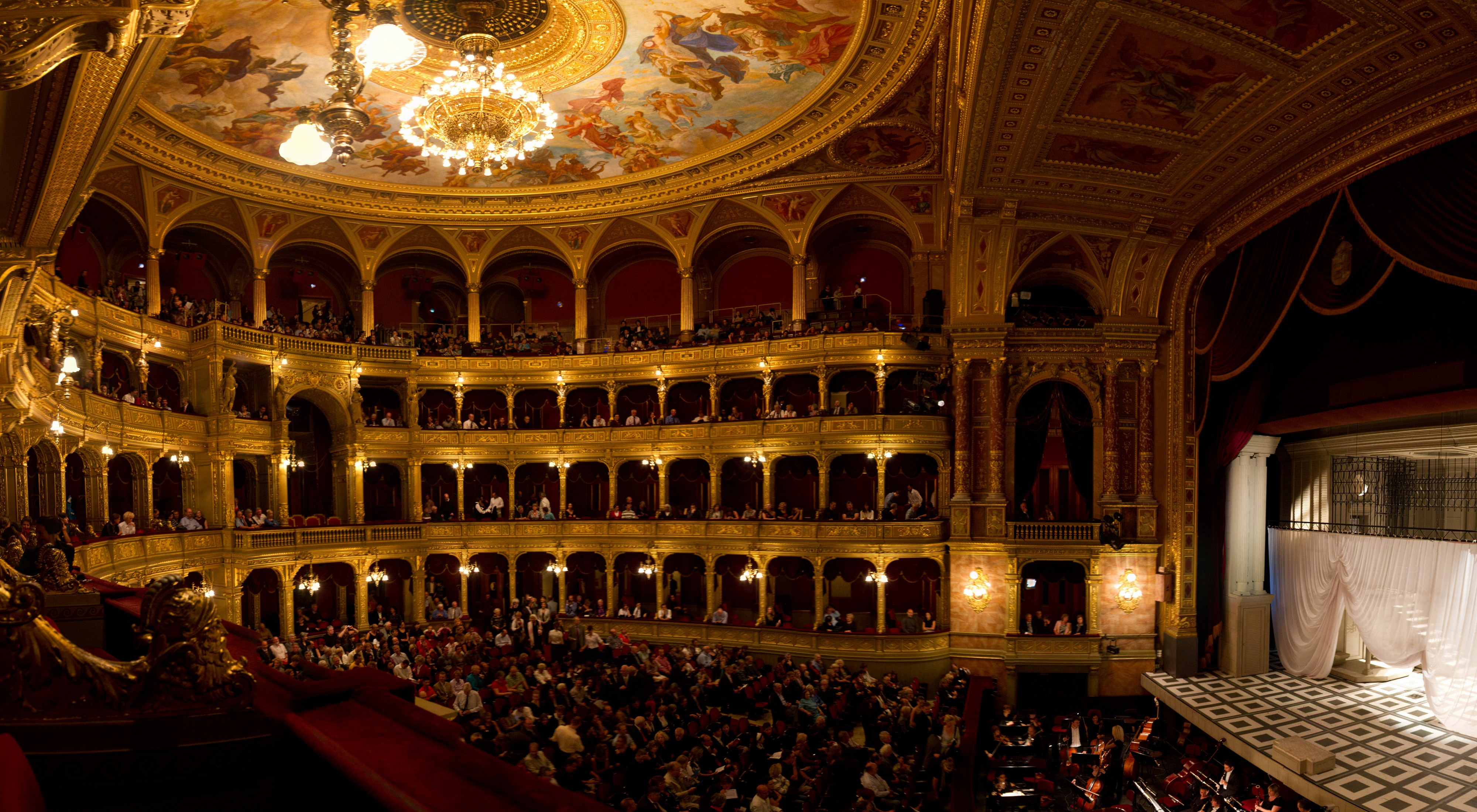 Hungarian State Opera House - Opera House in Budapest - Thousand Wonders