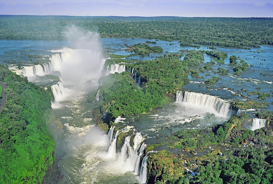 - Iguaçu National