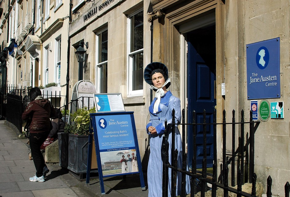 Bath / Somerset (UK): The Jane Austen Centre celebrating Bath's most famous resident - Jane Austen Centre
