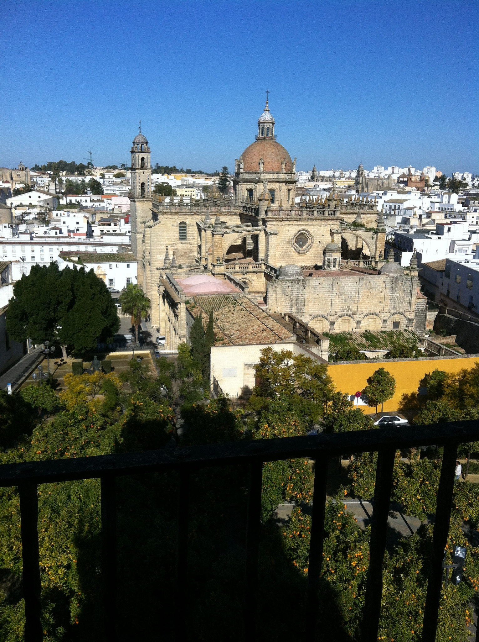 jerez de la frontera girls Photo essay of jerez de la frontera andalucia spain see the architecture and many beautiful places of this andalucian city especially noted for it's flamenco culture enjoy the flamenco music.