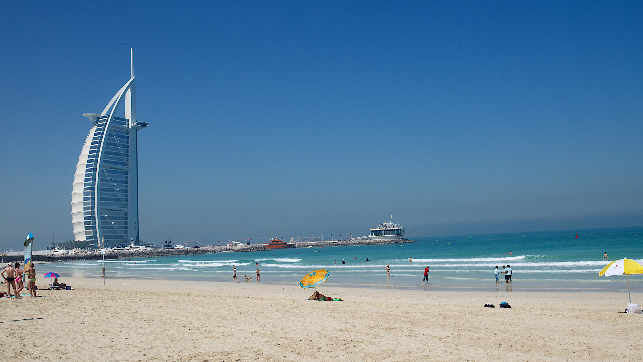 jumeirah beach beach in dubai thousand wonders
