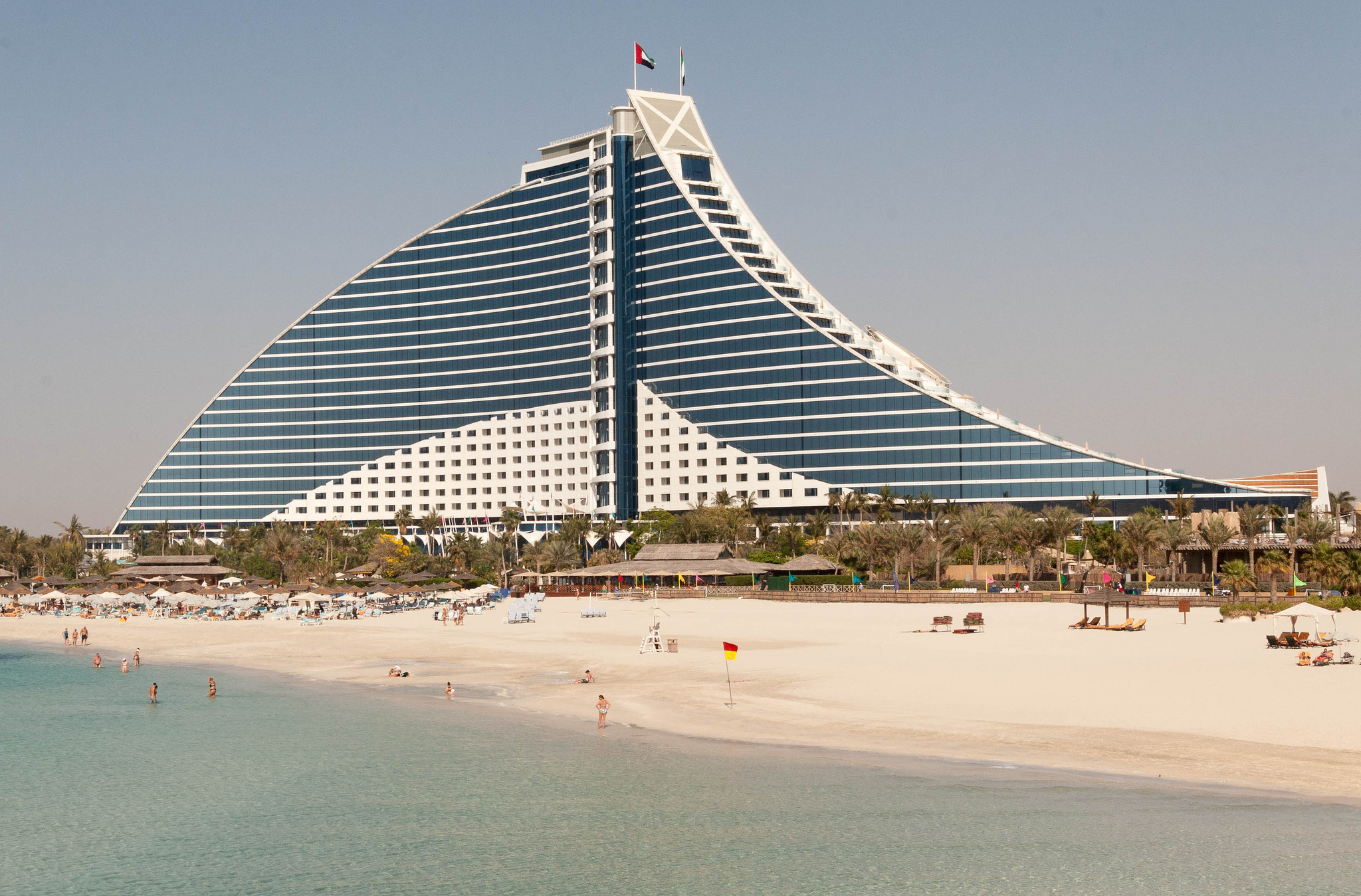 Jumeirah beach beach in dubai thousand wonders for Dubai hotels near beach