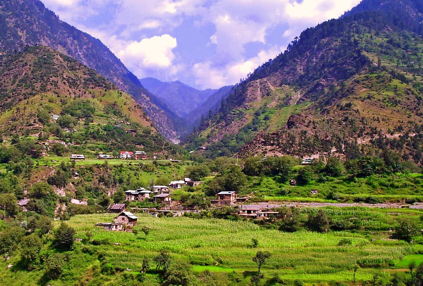 jammu kashmir Jammu and kashmir (dogri: जम्मू और कश्मीर urdu: مقبوضہ کشمیر) is the northernmost state of indiait is situated mostly in the himalayan mountains.