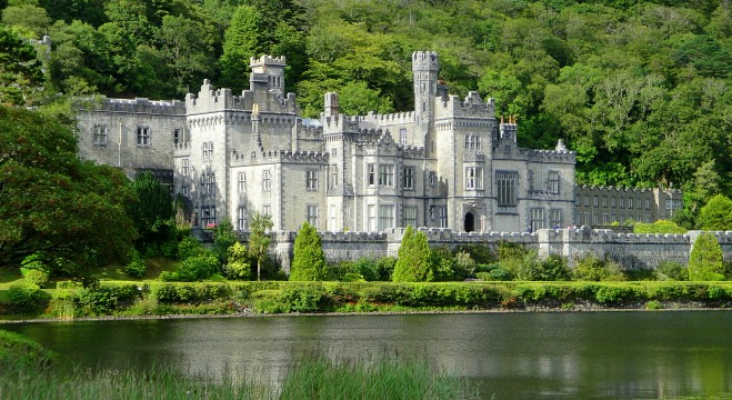 Kylemore Abbey Abbey In Ireland Thousand Wonders - Irish landmarks