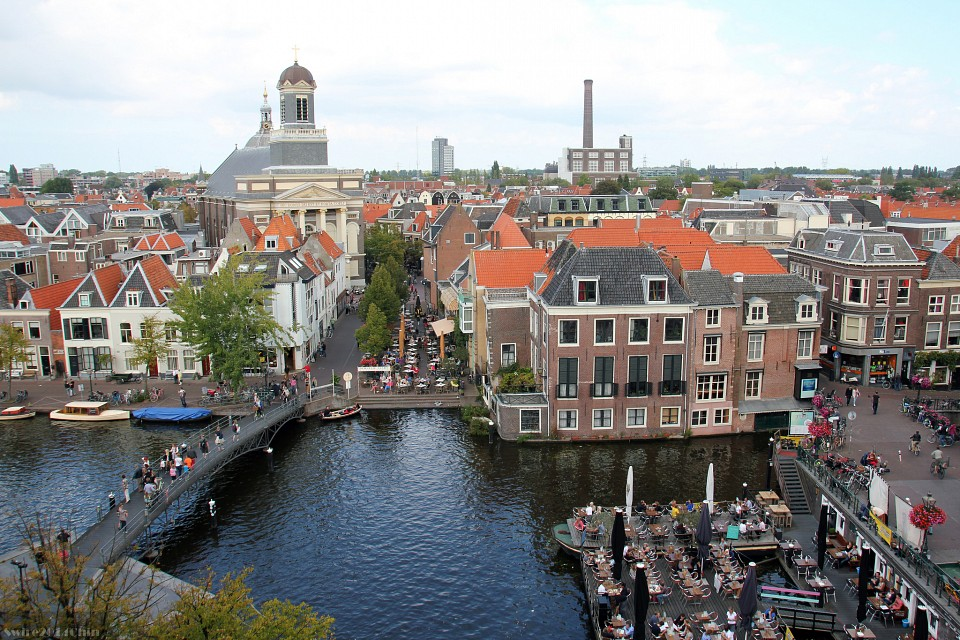 View from the roof-top restaurant of Vroom & Dreesmann - Leiden