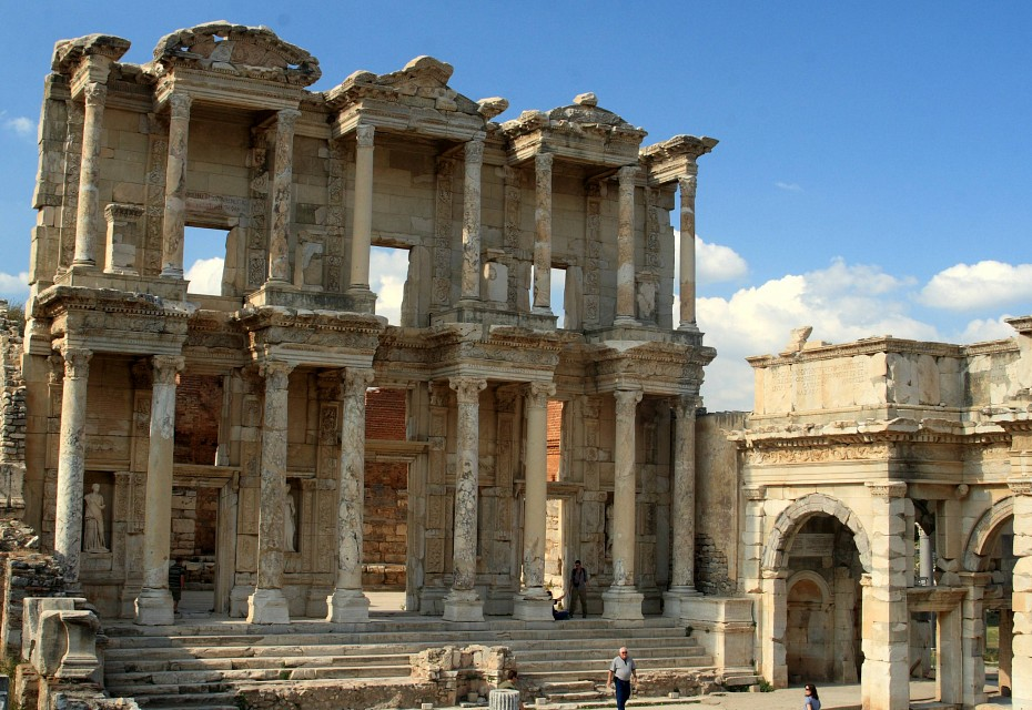 Library of Celsus next to the entrance to the agora, Ephesus, Turkey - Library of Celsus
