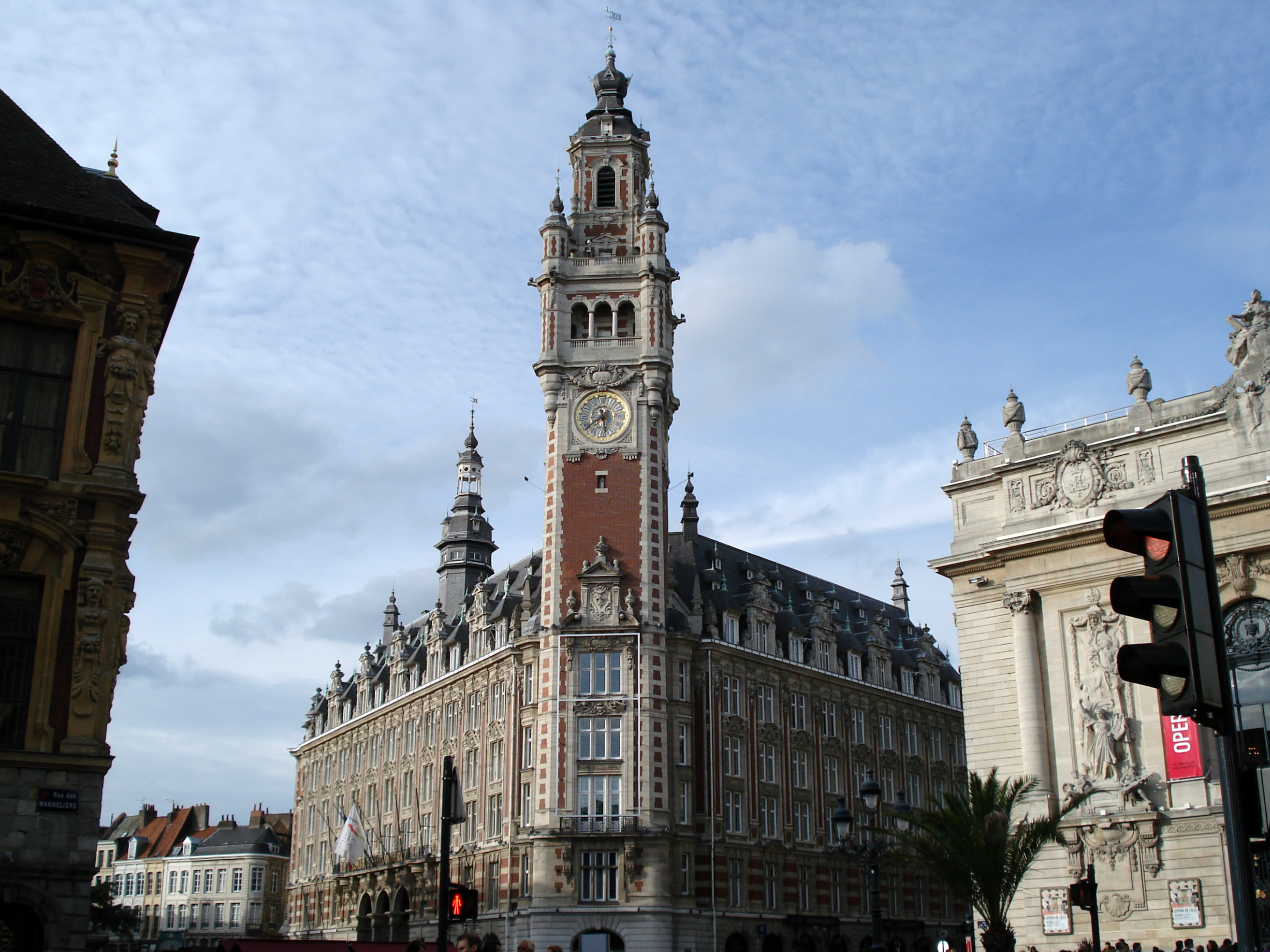 lille chamber of commerce public building in lille thousand wonders. Black Bedroom Furniture Sets. Home Design Ideas