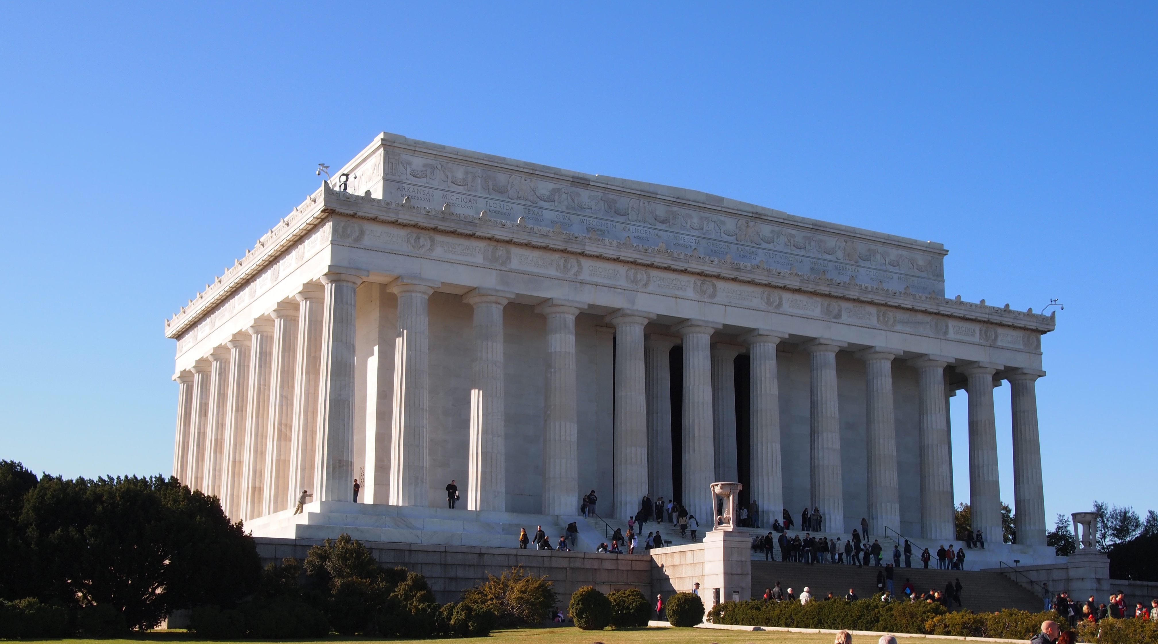 Lincoln Memorial Statue In Washington D C Thousand