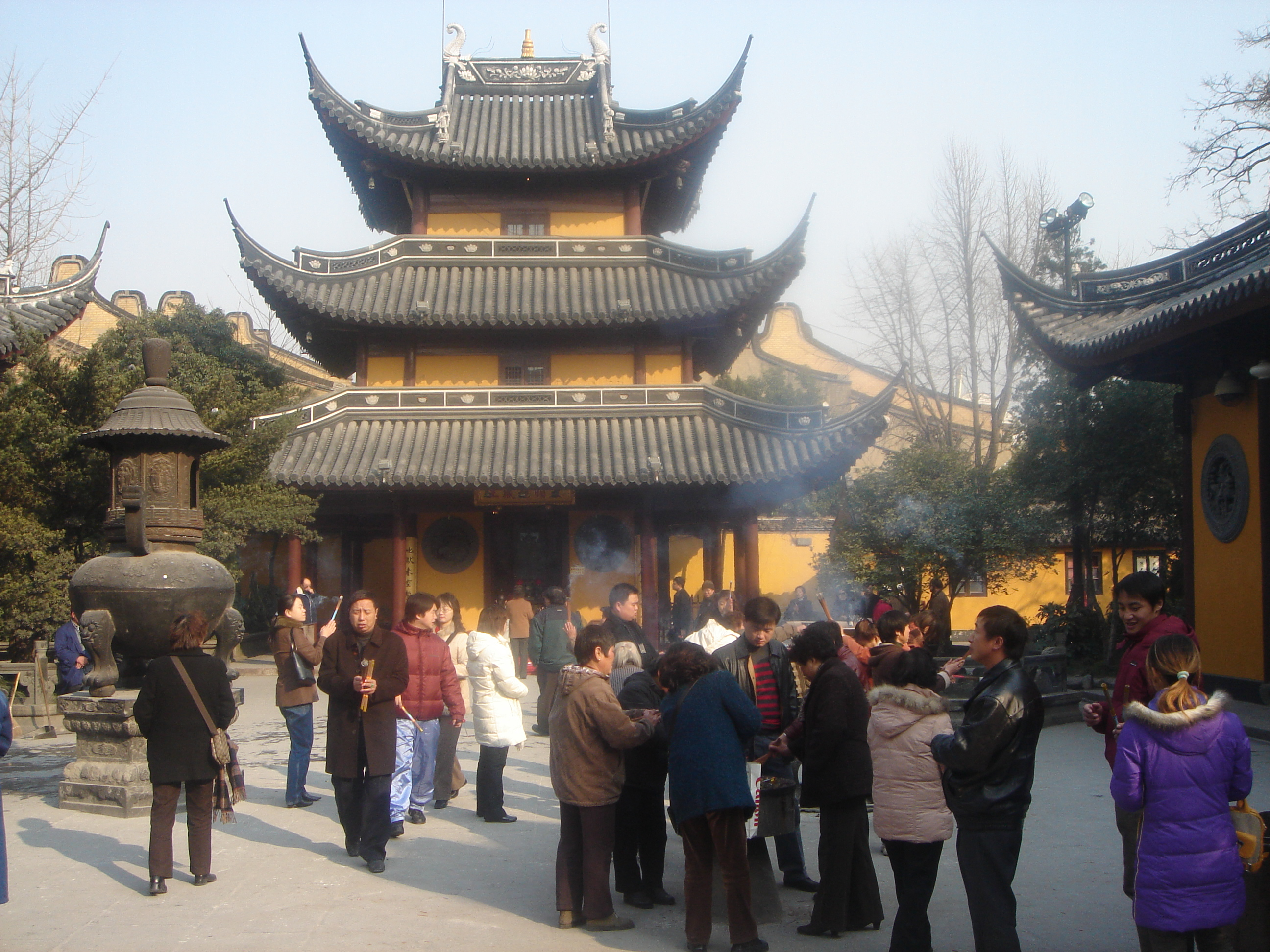 Mercedes Benz Museum >> Longhua Temple - Buddhist Temple in Shanghai - Thousand ...