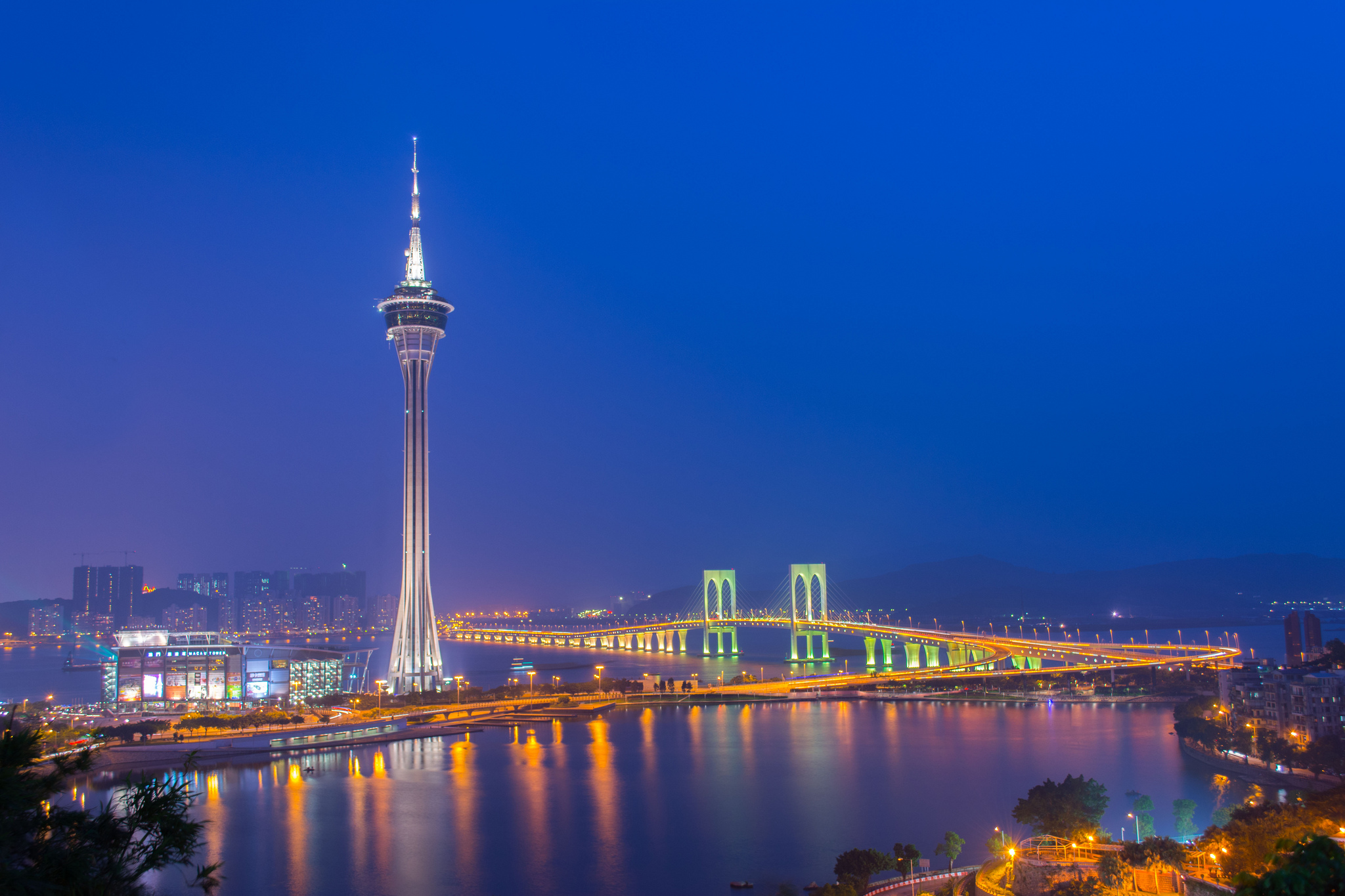 map of macau and hong kong with Macau Tower on Wuhan Metro also Wenzhou photo together with Suvarnabhumi Airport furthermore Contact Asia Pacific also Carte Du Macau Monde.