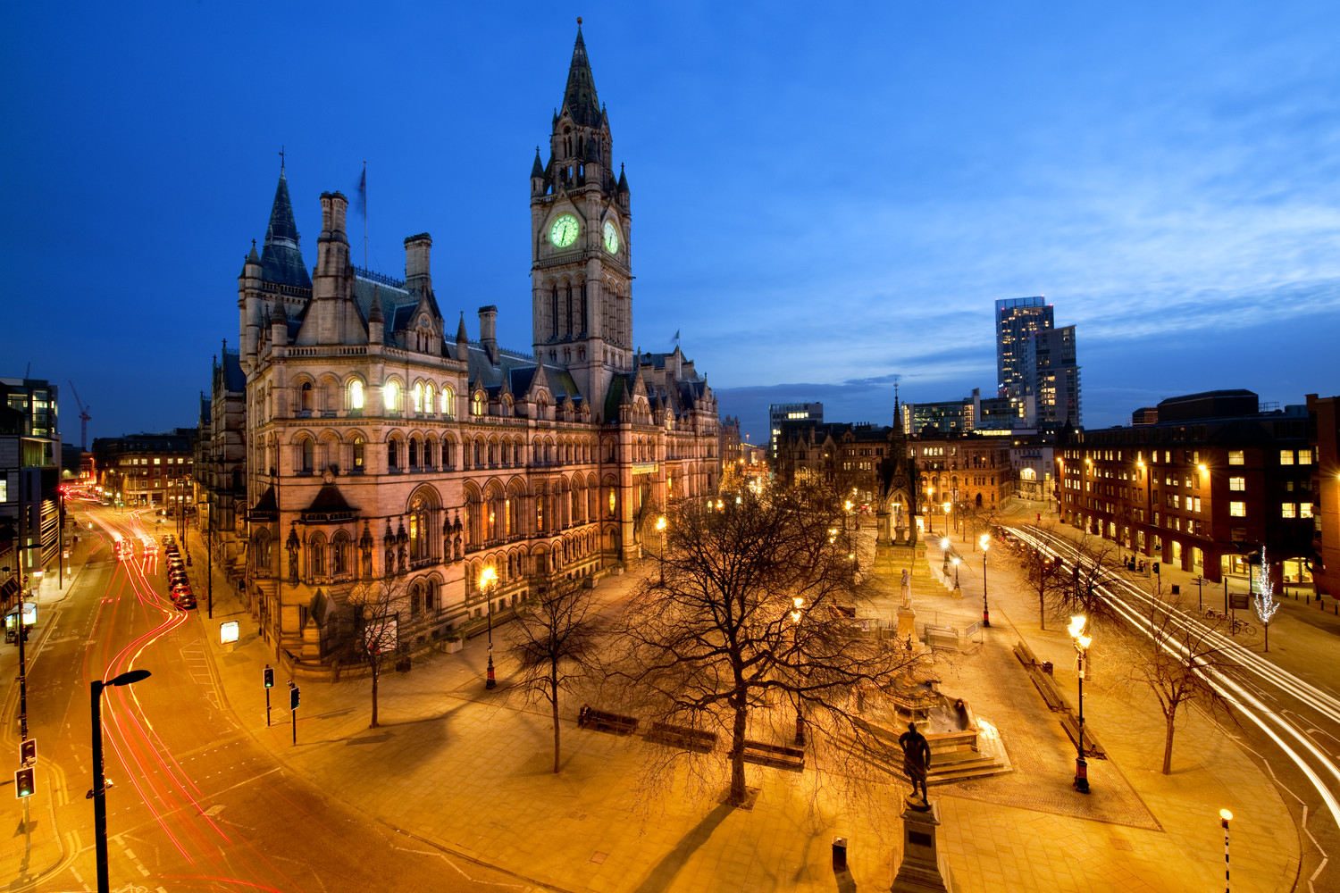 Manchester - City in England - Sightseeing and Landmarks
