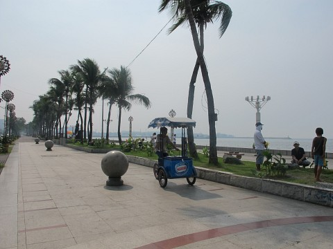Baywalk at