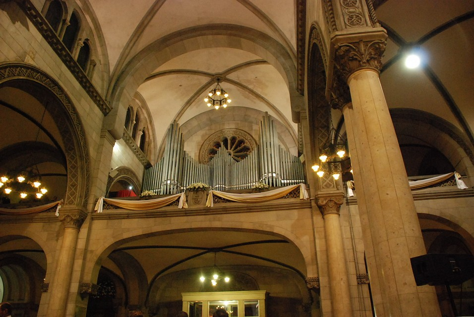 Biggest Pipe Organ in SEA - Manila Cathedral