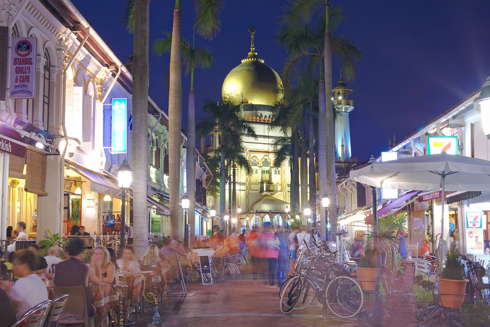 Masjid sultan mosque in singapore thousand wonders for Arab cuisine singapore