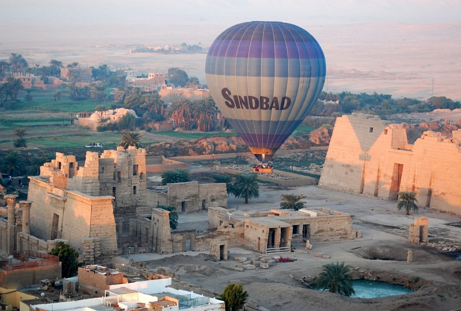 Balloon over Medinet Habu - Medinet Habu