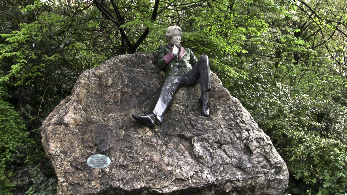 Merrion Square - Oscar Wilde - Merrion Square