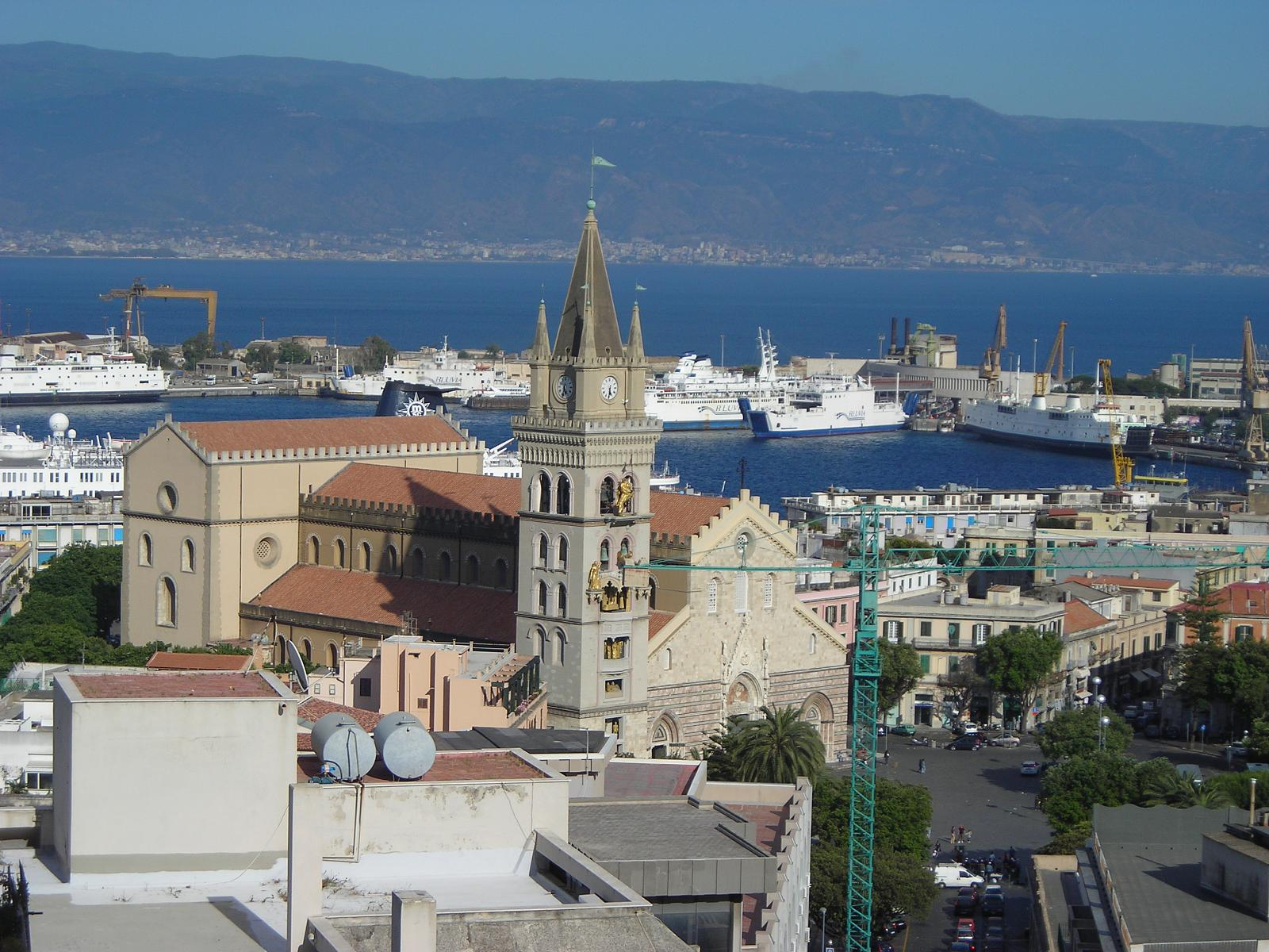 Messina - Town in Sicily - Thousand Wonders