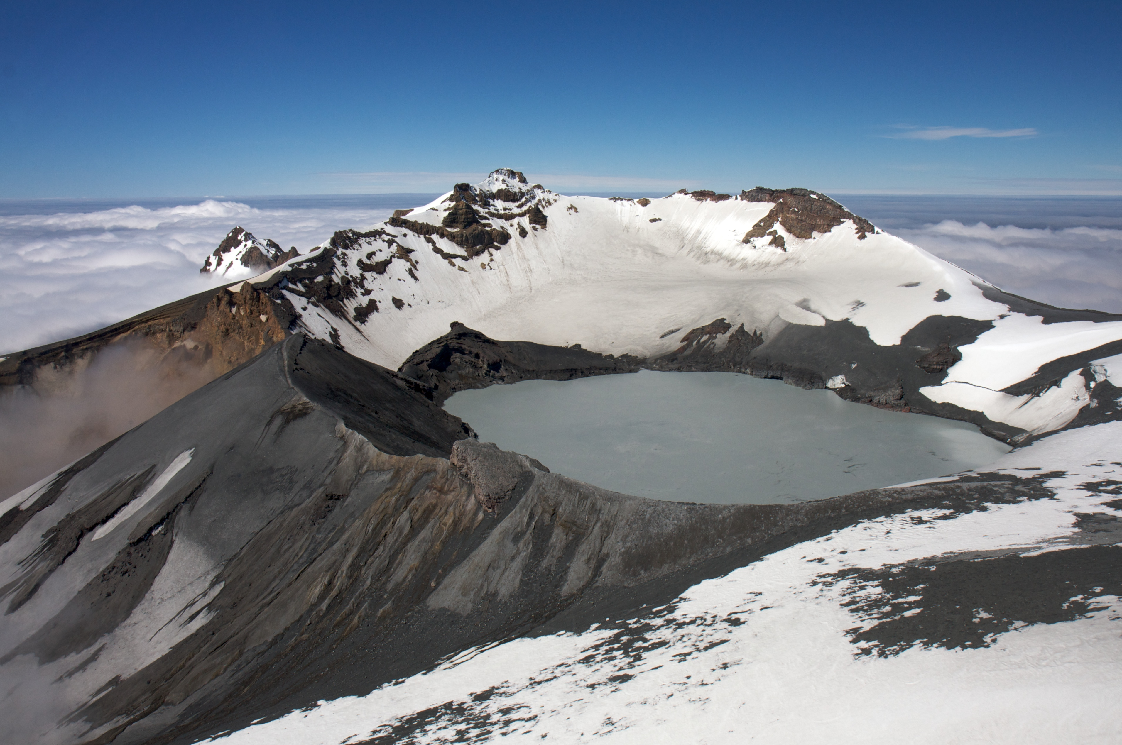 a look at the largest composite stratovolccano in new zealand mt ruapehu Download 272 ruapehu mount ngauruhoe new zealand is an active stratovolcano or composite cone in new mount ruapehu is the largest volcano in new zealand.