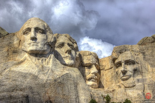 mt rushmore essay Add a face to mt rushmore by mfritz is licensed under the creative commons - attribution license what does this mean you must attribute (give credit.