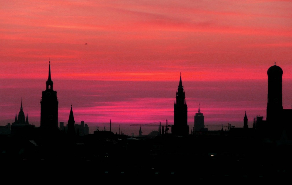 Sunset silhouette - Munich