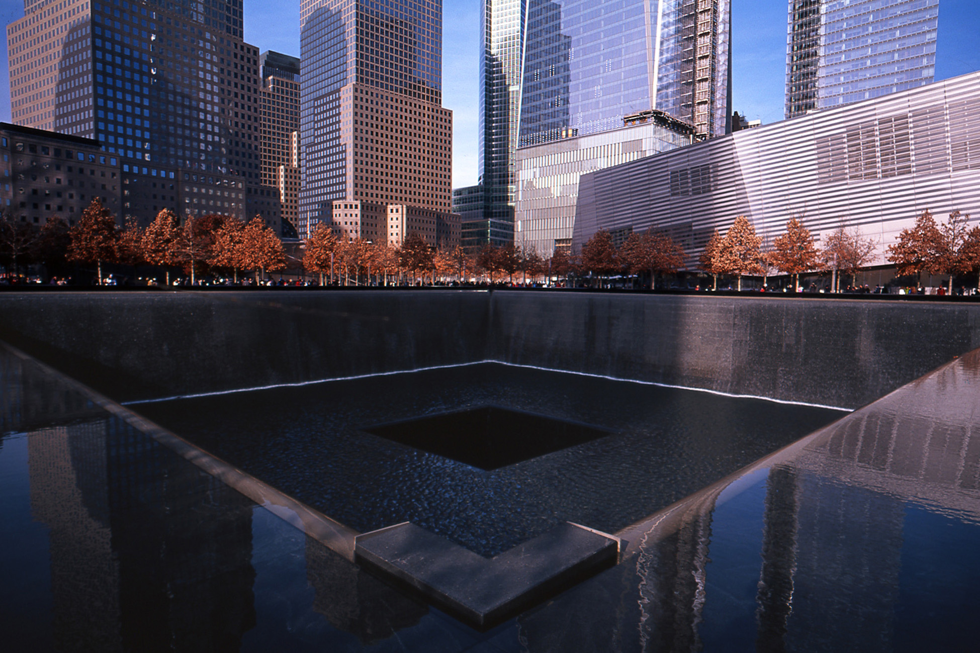 9 11 memorial Ground zero and 9/11 memorial tours tours of 9/11 memorial, 9/11 museum tickets, and one world observatory access included.