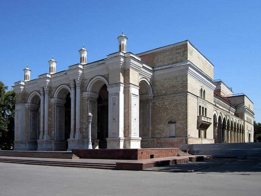 Alisher Navoi Theater - Navoi Theater