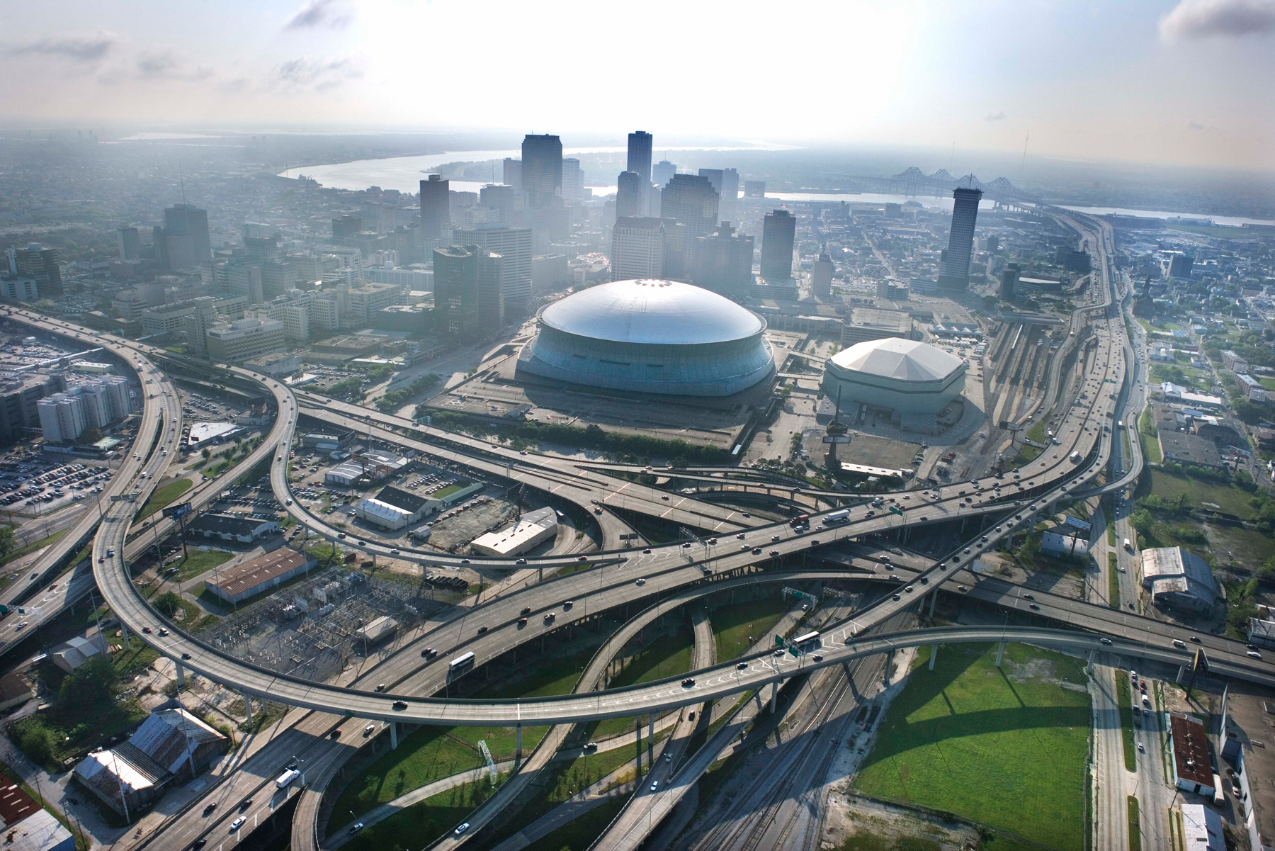 New orleans city in united states thousand wonders for Mercedes benz nola