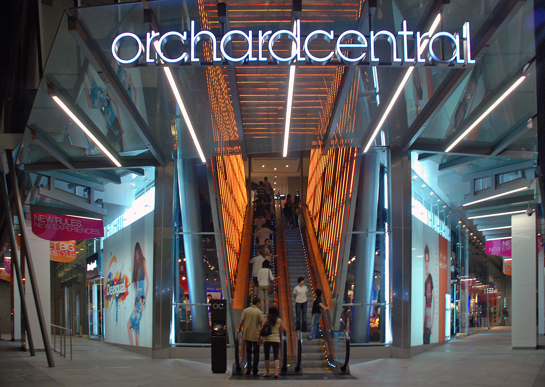 Orchard Road Road In Singapore Thousand Wonders