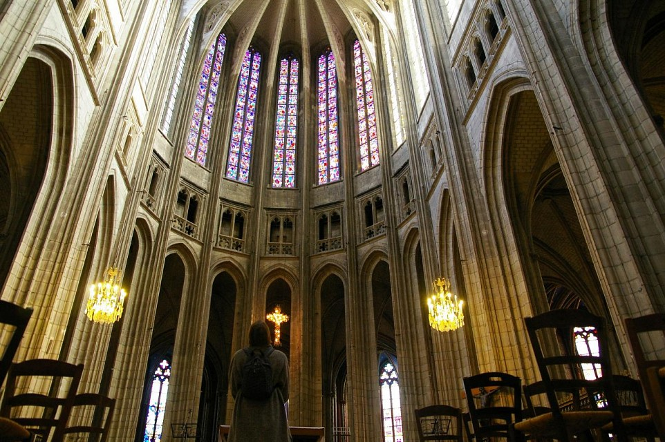 Worshipful - Orléans Cathedral