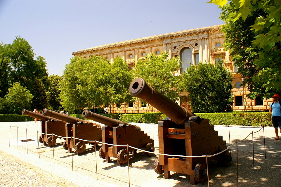 Canons in front of Palace of Charles V at the Alhambra - Palace of Charles V