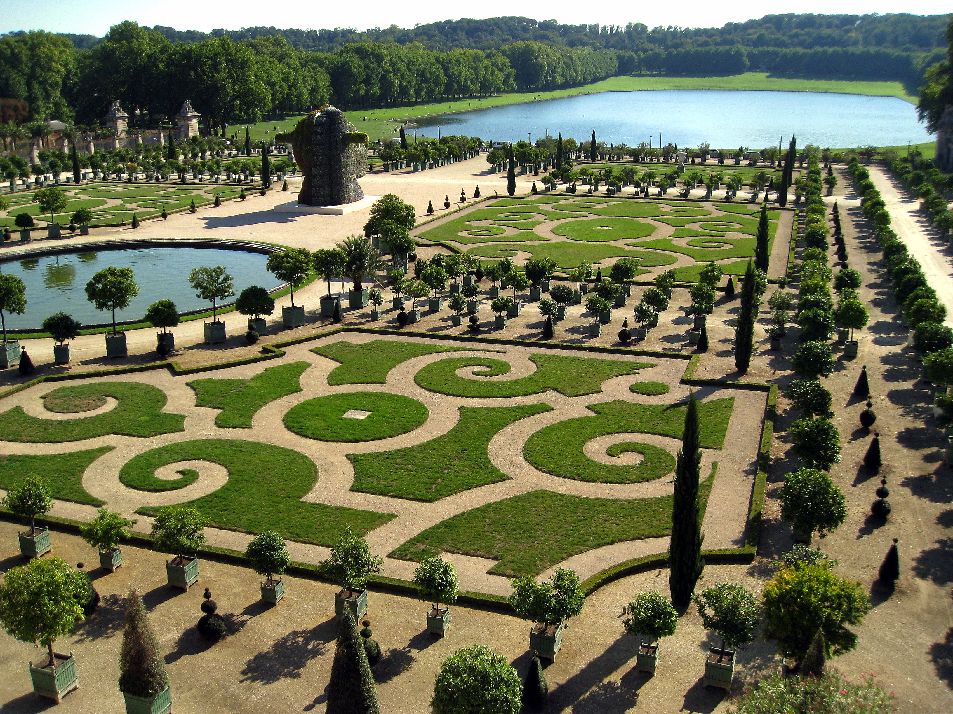 Palace of versailles palace in paris thousand wonders for Le jardin de la france