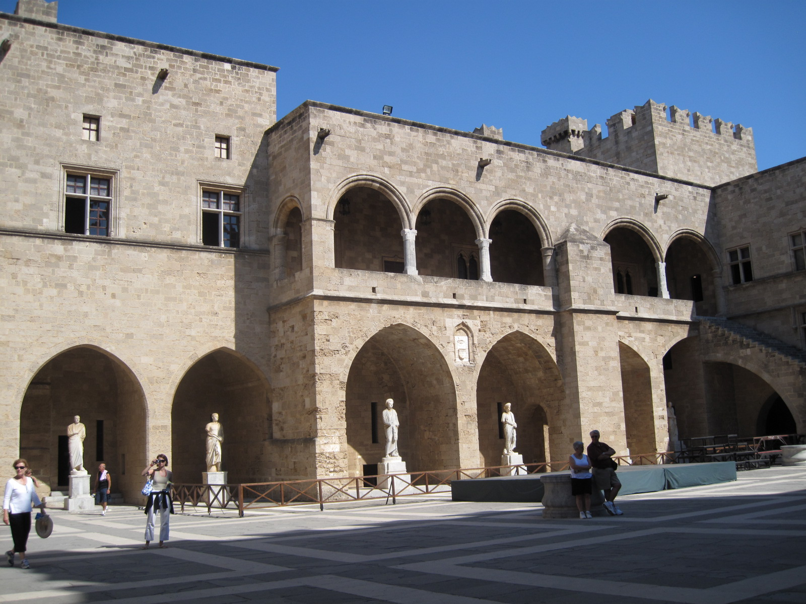 Palace of the Grand Master of the Knights of Rhodes ...