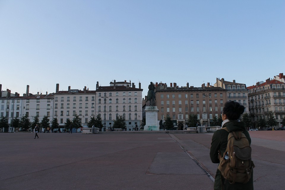 Place Bellecour. - Place Bellecour