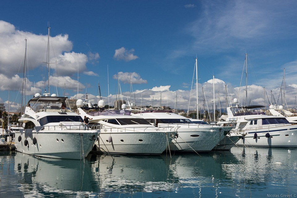 Yachts in Antibes - Port Vauban