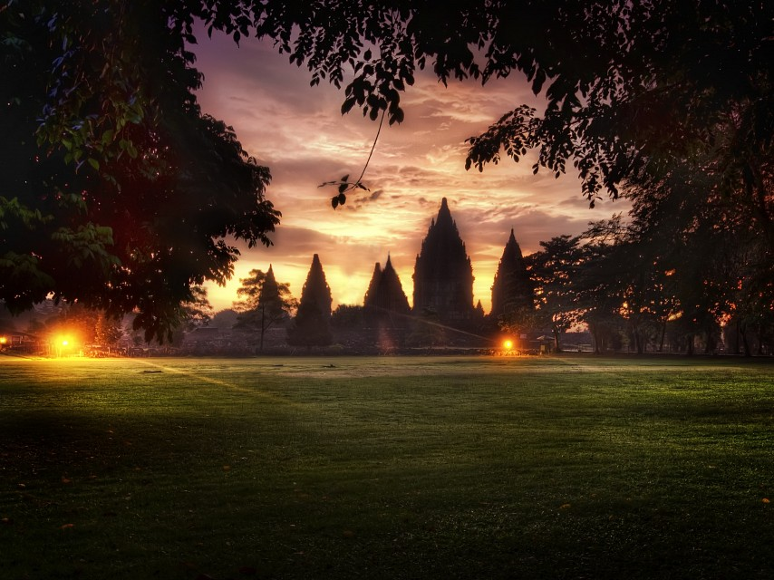 Templestorm, and Stunning Results from the HDR Workshop - Prambanan