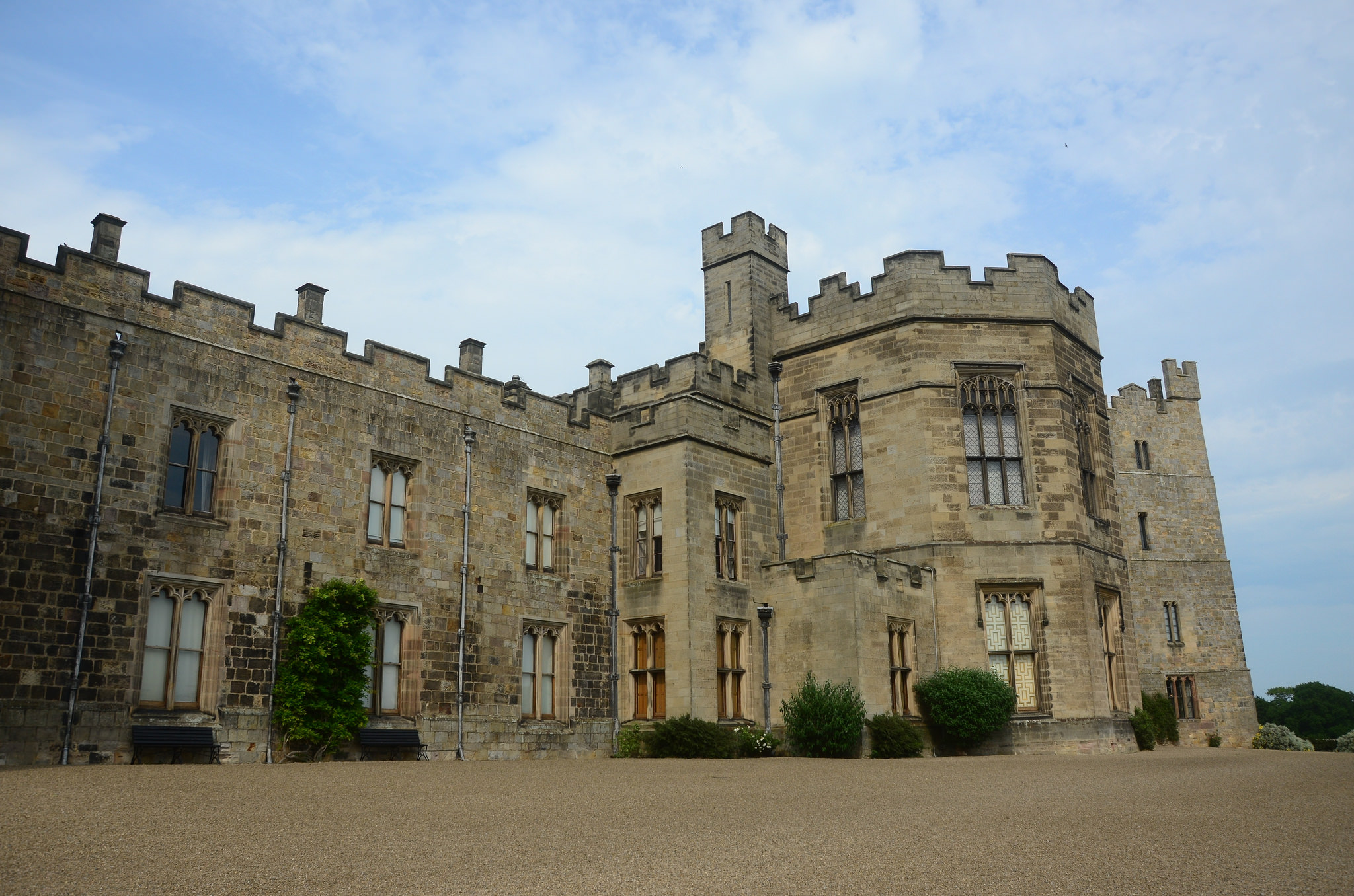 Raby Castle - Castle in England - Thousand Wonders