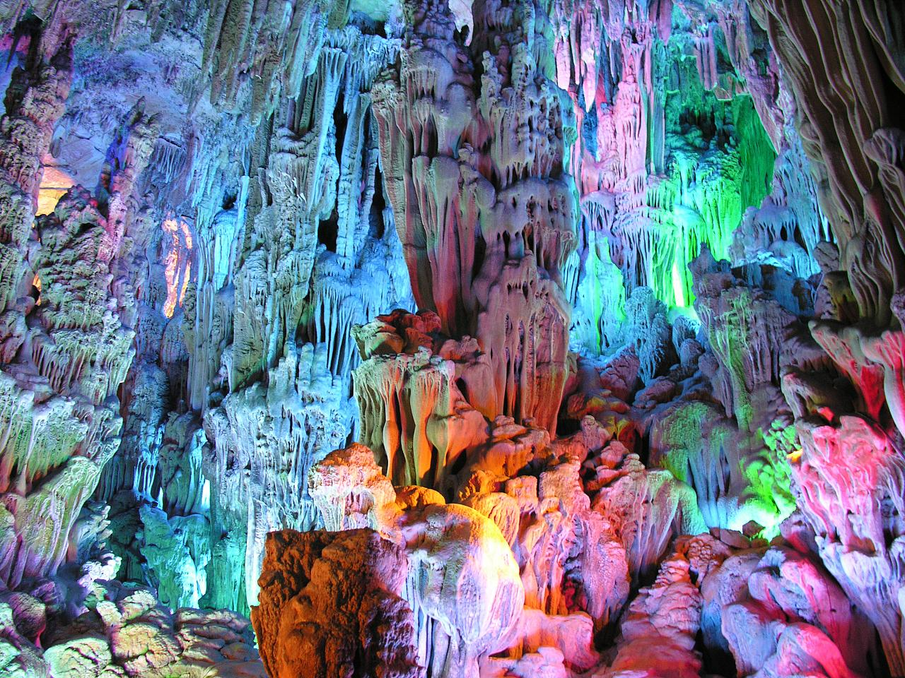 Reed Flute Cave Cave In Guangxi Thousand Wonders