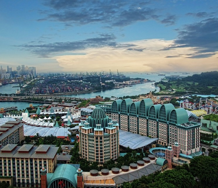 Resorts World Sentosa... - Resorts
