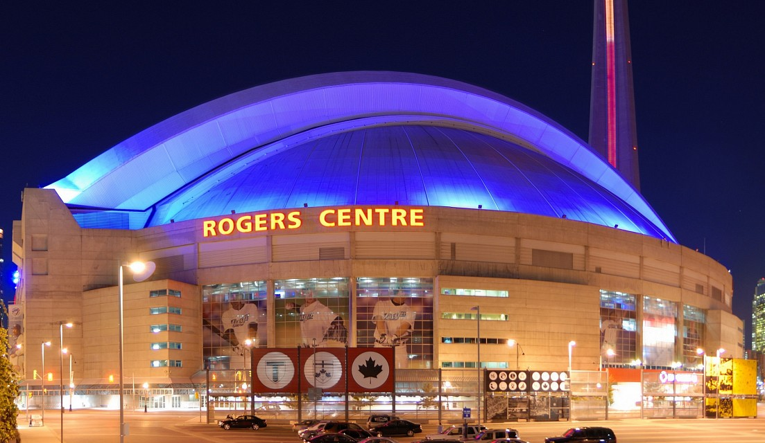 Toronto_-_ON_-_Rogers_Centre_(Nacht) - Rogers Centre