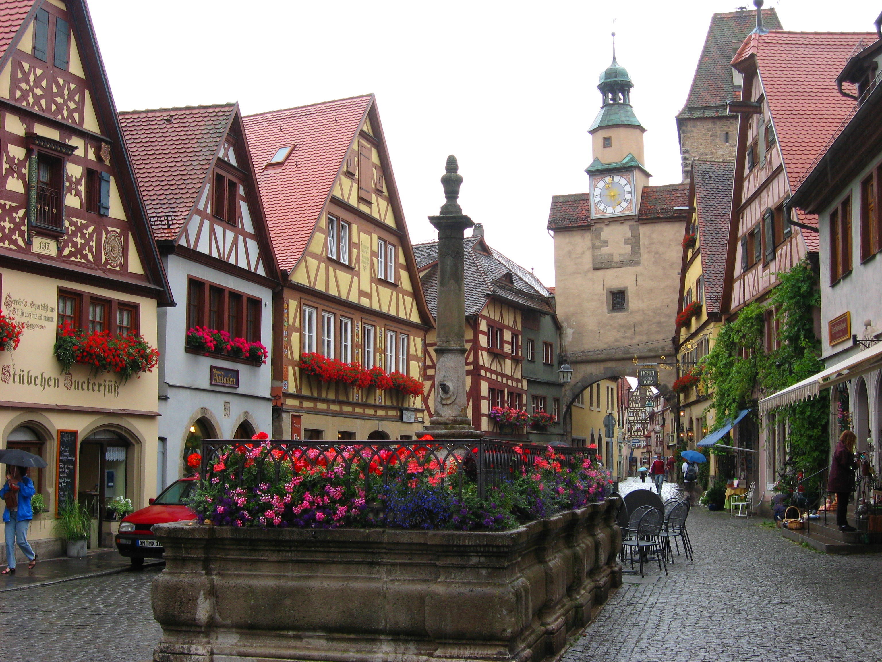rothenburg ob der tauber village in germany thousand wonders. Black Bedroom Furniture Sets. Home Design Ideas