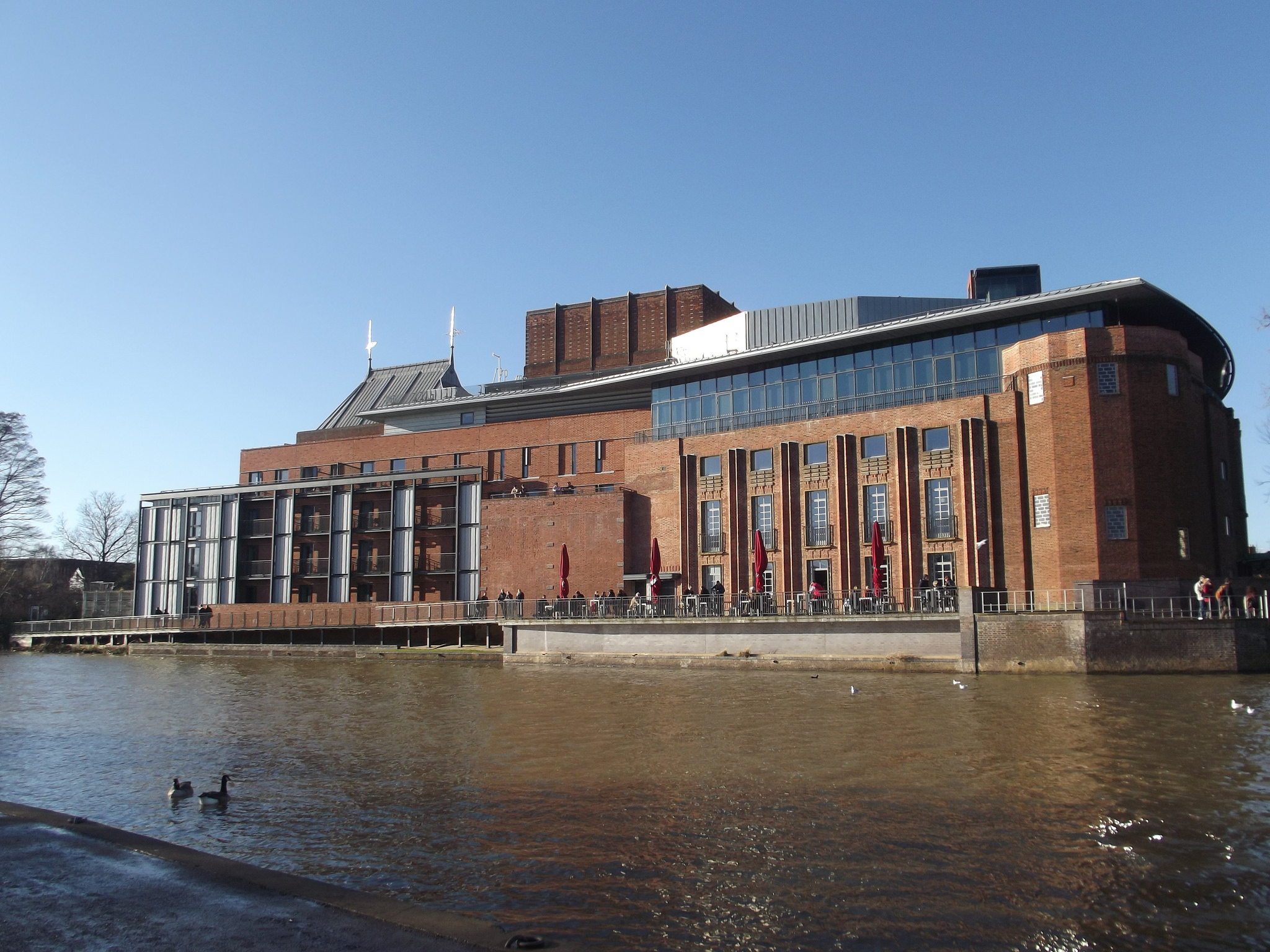 Royal shakespeare theatre public building in stratford for The stratford