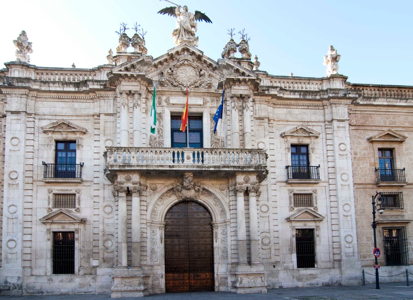 Royal tobacco factory in seville thousand wonders - Factory sofas sevilla ...