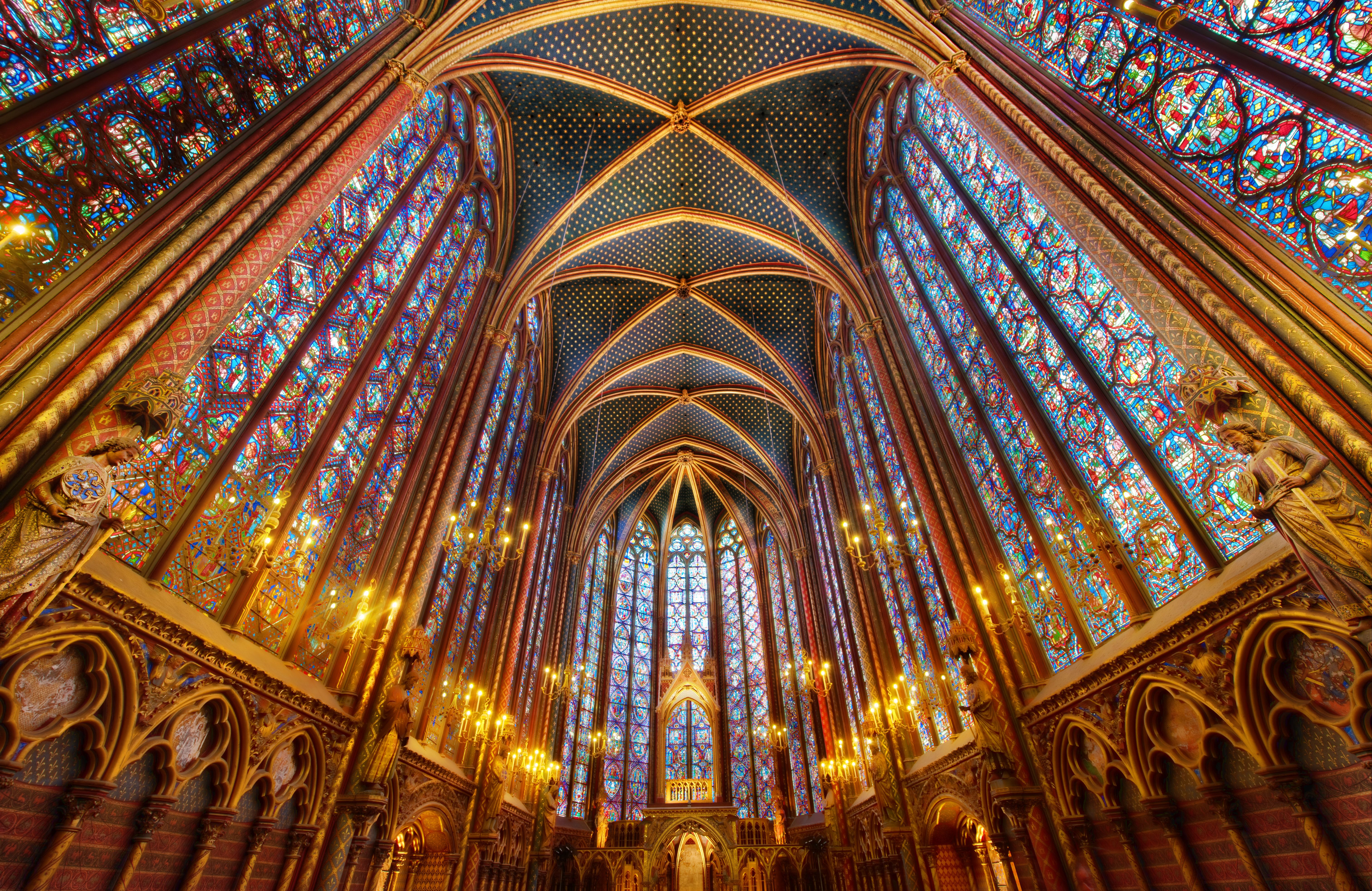 Sainte chapelle church in paris thousand wonders for Interieur definition