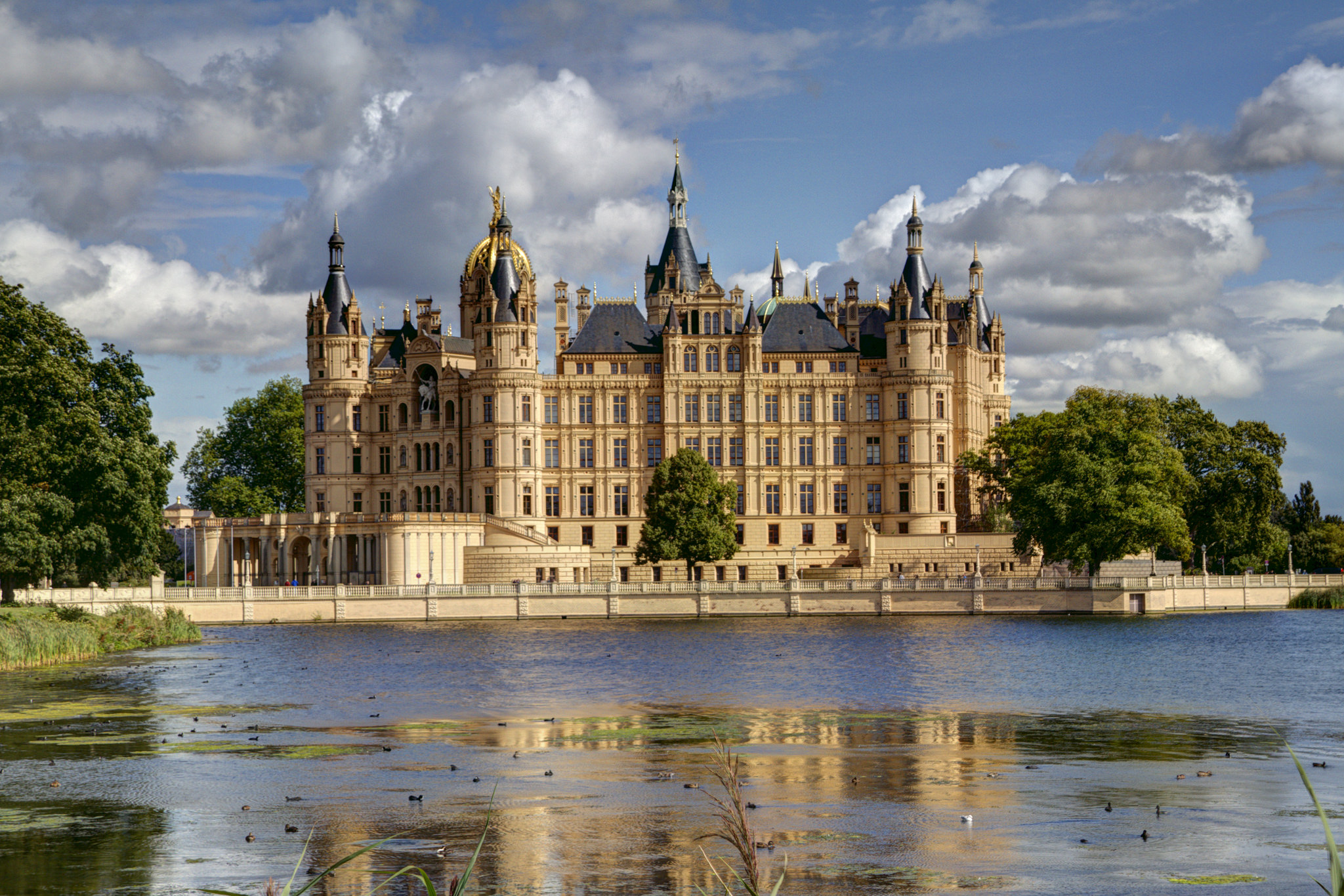 Schwerin Castle Castle In Germany Thousand Wonders