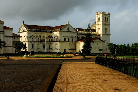 Se