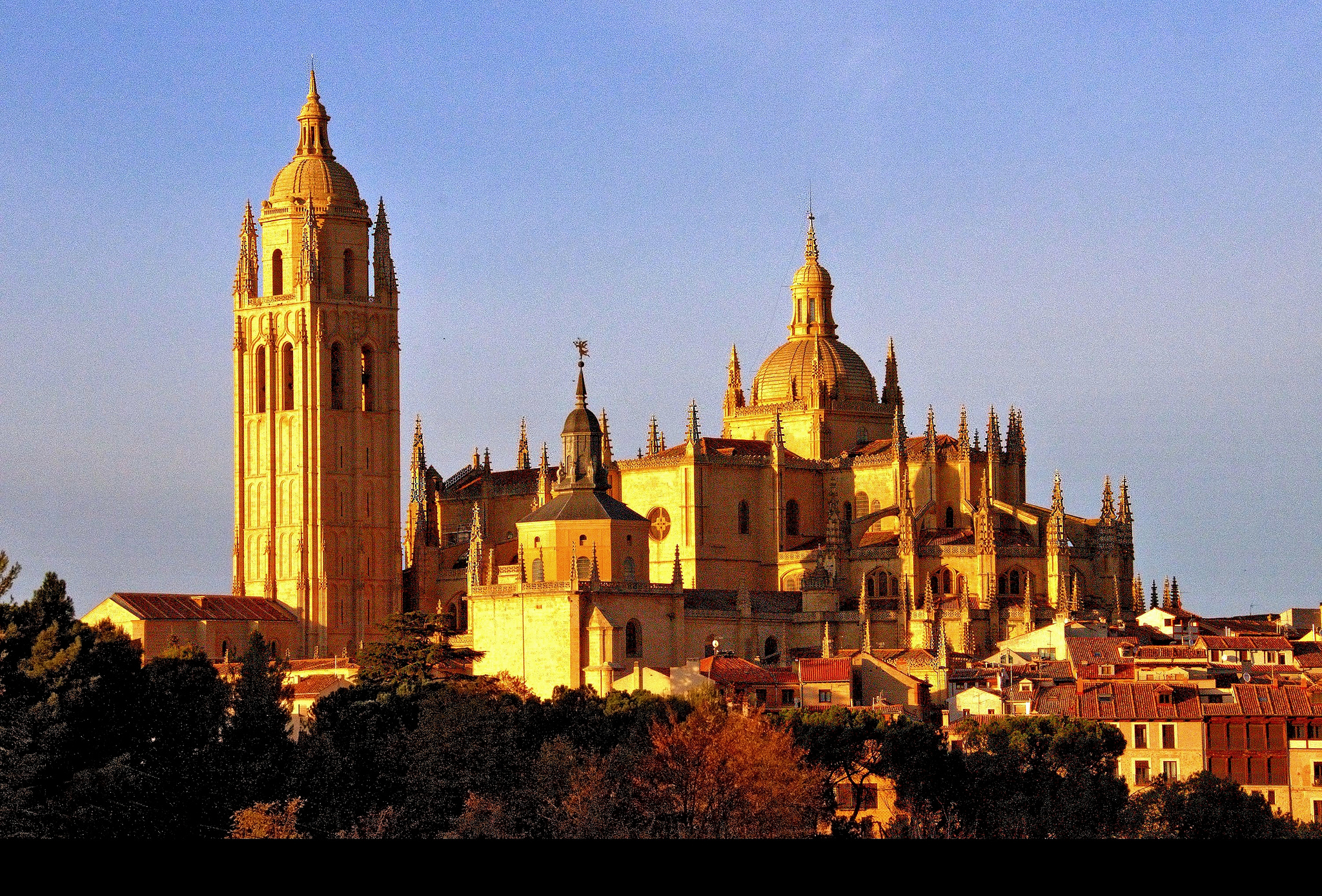 Image result for Segovia  Cathedral of Santa Maria