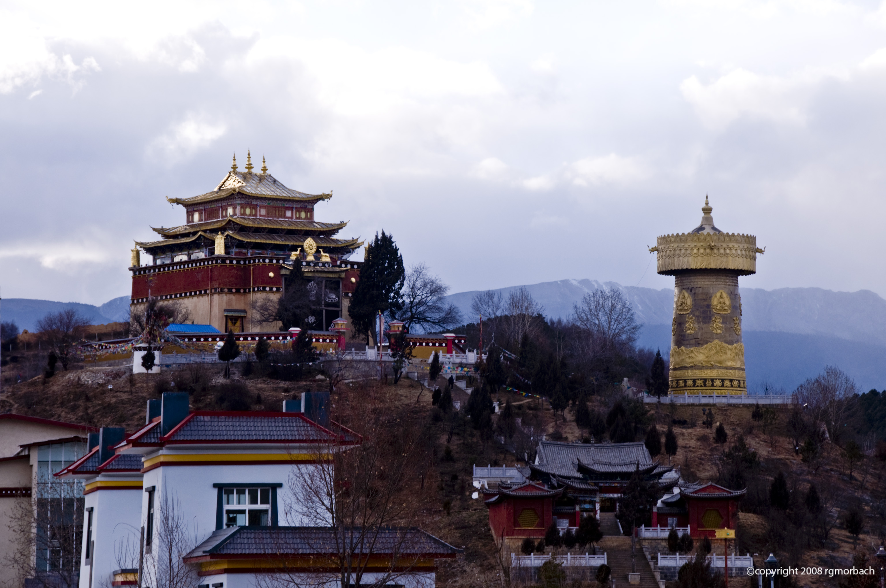Shangri la city town in yunnan thousand wonders for In the city of la