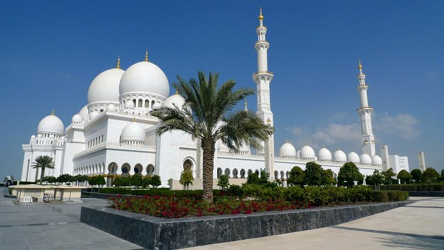 - Sheikh Zayed Mosque