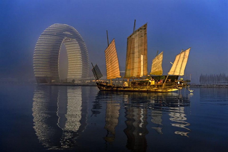 Sheraton Huzhou Hot Spring Resort—Resort Exterior - Dawn - Sheraton Huzhou Hot Spring Resort
