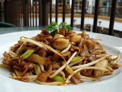 Char kway teow (炒粿條)